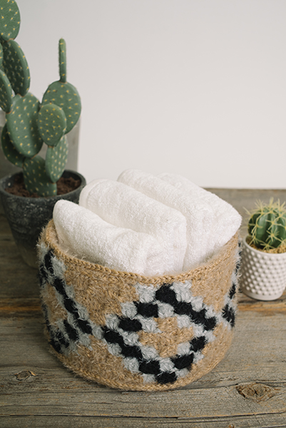 Make an adorable basket using double crochet decreases.