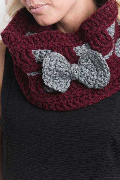 Belle of the Bow Cowl Close Up