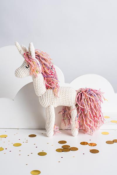 How to crochet a doll - UNICORN DOLL - HEAD tutorial - YouTube | 600x400