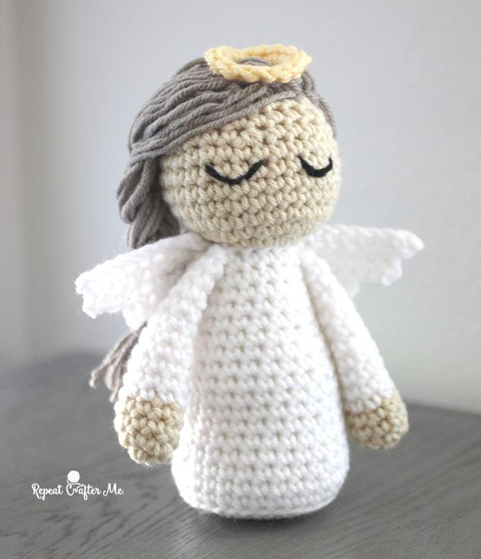 My Lil Angel - Free angel wings crochet pattern • Simply ... | 814x700